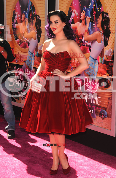 Katy Perry at the premiere of Paramount Insurge's 'Katy Perry: Part Of Me' at Grauman's Chinese Theatre on June 26, 2012 in Hollywood, California. &copy;&nbsp;mpi35/MediaPunch Inc. /*NORTEPHOTO*<br /> **SOLO*VENTA*EN*MEXICO** **CREDITO*OBLIGATORIO**