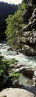 Europe/France/Provence-Alpes-Côtes d'Azur/06/Alpes-Maritimes/Alpes-Maritimes/Arrière Pays Niçois/ Env de Saorge: La Vallée de la Roya et les Gorges de Saorge