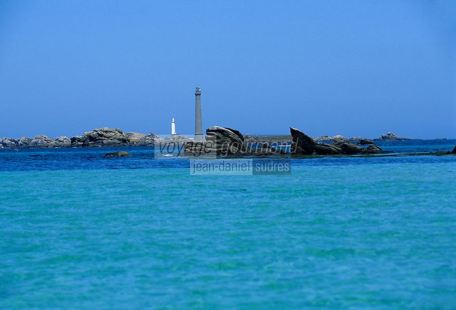 Europe/France/Bretagne/29/Finistère/l'Aber-Wrac'h: l'Aber et ses eaux transparentes en fond le phare de l'Ile Vierge