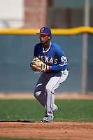 Texas Rangers Yeyson Yrizarri (4) during an instructional league game against the San Diego Padres on October 9, 2015 at the Surprise Stadium Training Complex in Surprise, Arizona.  (Mike Janes/Four Seam Images)