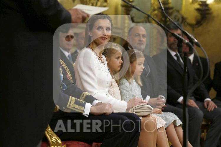 Coronation ceremony in Madrid.  Queen Letizia of Spain at Congreso de los Diputados with their children Princess Leonor and enfant Sofía. June 19 ,2014. (ALTERPHOTOS/EFE/Pool)