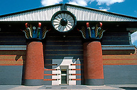 John Outram Assoc.: London Docklands, Pumping Station. Folly Wall, Isle of Dogs, 1988. One of the very few public buildings in the Enterprise Zone.