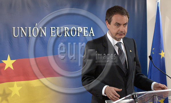 Brussels-Belgium - 18 June 2005---Jose (Jos?) Luis Rodriguez (Rodr'guez ) ZAPATERO, Prime Minister of Spain, during his press conference on the outcome / failure of the European Council / summit ---Photo: Horst Wagner/eup-images