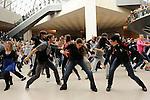 Une flashmob pour 24 enfants