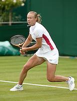 26-6-06,England, London, Wimbledon, first round match, Dushevina