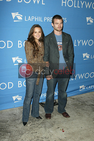 Rachel Leigh Cook and Daniel Gillies<br /> at the Los Angeles Philharmonic's &quot;A Night At The Copa&quot;. Hollywood Bowl, Hollywood, CA. 09-10-05<br />Dave Edwards/DailyCeleb.Com 818-249-4998