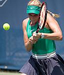 Donna Vekic (CRO) defeats Magda Linette (POL) 6-1, 7-6