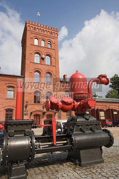"""Europe/Pologne/Lodz: """"Ksiezy Mlyn """" Quartier industriel créé par Charles W Scheibler la caserne des Pompiers"""