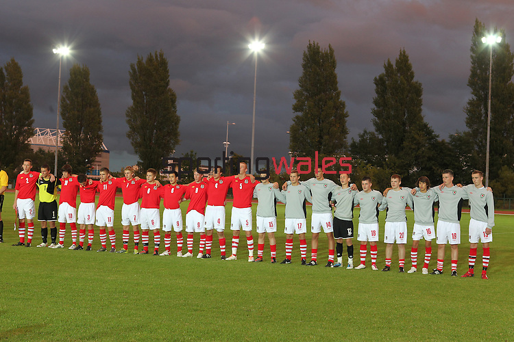 Wales v Poland  U16 Schoolboy International..Leckwith Stadium.07.09.10.©Steve Pope...