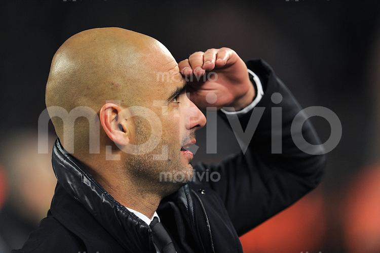 FUSSBALL  INTERNATIONAL  Copa del Rey  1/2  FINALE  2011/2012   08.02.2012 FC Barcelona  - FC Valencia Trainer Josep Guardiola (Barca)