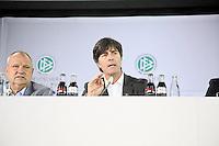 Mediendirektor Harald Stenger, Bundestrainer Joachim Loew