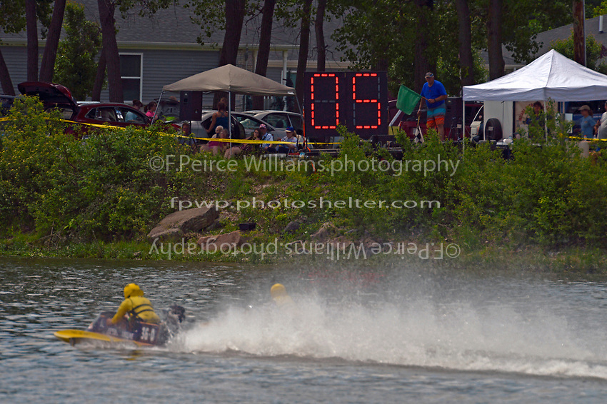 Racing to the starting line    (Outboard Hydroplane)