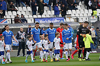 Mannschaften laufen ein - 07.03.2020: SV Darmstadt 98 vs. VfL Bochum, Stadion am Boellenfalltor, 2. Bundesliga<br /> <br /> DISCLAIMER: <br /> DFL regulations prohibit any use of photographs as image sequences and/or quasi-video.