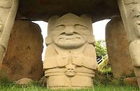 Parque Arquelógico de San Agustín / San Agustín Archaeological Park