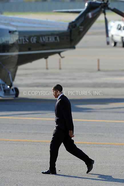 WWW.ACEPIXS.COM . . . . . ....October 20 2009, New York City....President Barack Obama arrives at JFK Airport in Airforce One and is flown to Manhattan in presidential helicopters on October 20 2009 in New York City....Please byline: KRISTIN CALLAHAN - ACEPIXS.COM.. . . . . . ..Ace Pictures, Inc:  ..tel: (212) 243 8787 or (646) 769 0430..e-mail: info@acepixs.com..web: http://www.acepixs.com
