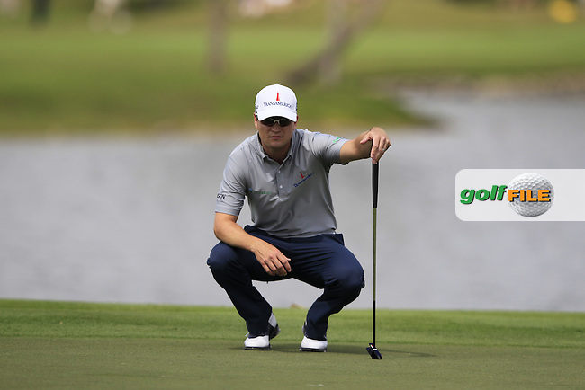 Zach Johnson (USA) lines up his putt on the 4th green during Sunday's Final Round of the WGC Cadillac Championship at TPC Blue Monster, Doral Golf Resort & Spa, Miami Florida, 11th March 2012 (Photo Eoin Clarke/www.golffile.ie)