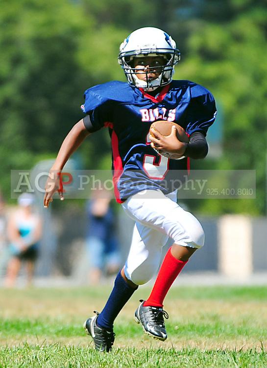 Pleasanton Junior Football League action in Pleasanton California Saturday August 27, 2011. (Photo by Alan Greth/ AGP Photography).