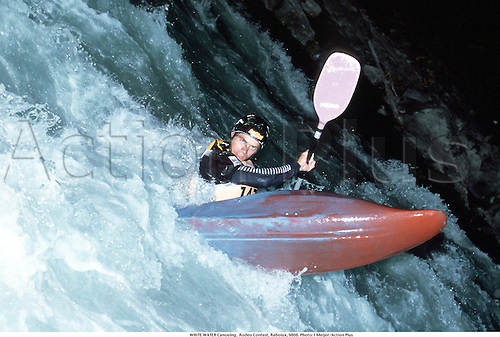 RODEO KAYAKING,  Rodeo Contest, Raboiux, 9808. Photo: I Meijer/Action Plus...1998.watersports.canoeing.white water.extreme.canoe.canoer.canoers.kayak.watersport.man