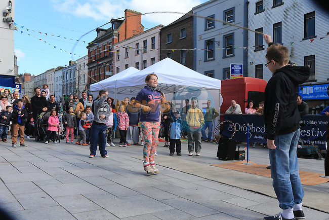 Sophie Tyrrell skipping.during the arts festival in West street..Picture:  www.newsfile.ie ..
