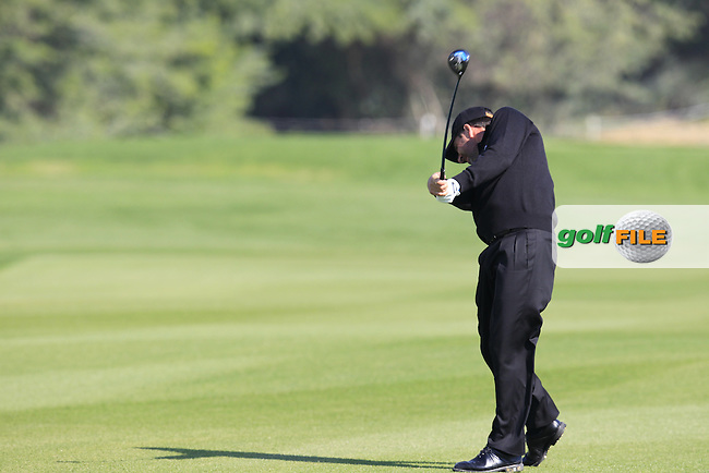 Jose Maria OLAZABAL (ESP) plays his 2nd shot on the 9th hole during Thursday's Round 2 of the 2015 Commercial Bank Qatar Masters held at Doha Golf Club, Doha, Qatar.: Picture Eoin Clarke, www.golffile.ie: 1/22/2015