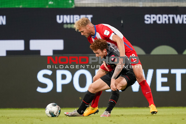 Sebastian Griesbeck (1. FC Heidenheim 1846 #18), Joshua Sargent (Werder Bremen #19)<br /> <br /> <br /> Sport: nphgm001: Fussball: 1. Bundesliga: Saison 19/20: Relegation 02; 1.FC Heidenheim vs SV Werder Bremen - 06.07.2020<br /> <br /> Foto: gumzmedia/nordphoto/POOL <br /> <br /> DFL regulations prohibit any use of photographs as image sequences and/or quasi-video.<br /> EDITORIAL USE ONLY<br /> National and international News-Agencies OUT.