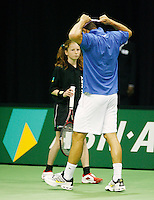 21-2-07,Tennis,Netherlands,Rotterdam,ABNAMROWTT, Ballgirl in action