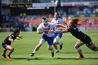 Camille Grassineau (France) scores during the women's semifinal against New Zealand. Day two of the 2020 HSBC World Sevens Series Hamilton at FMG Stadium in Hamilton, New Zealand on Sunday, 26 January 2020. Photo: Dave Lintott / lintottphoto.co.nz
