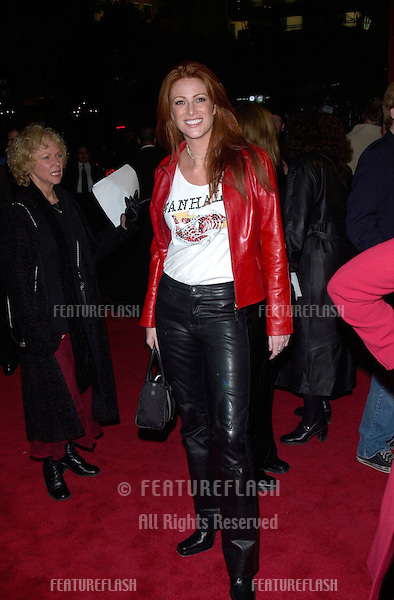 Actress ANGIE EVERHART at the Hollywood premiere of Valentine..01FEB2001.  © Paul Smith/Featureflash
