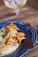 Europe/France/Rhône-Alpes/74/Haute-Savoie/Manigod: Omelette  aux chanterelles au restaurant Chalet Hôtel la Croix Fry
