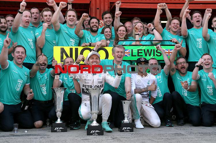 07.05 - 10.05.2015, Circuit de Catalunya, Barcelona, ESP, Formel 1, 2015,  im Bild Nico Rosberg (GER), Mercedes GP - Lewis Hamilton (GBR), Mercedes GP <br />  Foto &copy; nph / Mathis