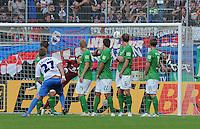 FUSSBALL   DFB POKAL   SAISON 2011/2012  1. Hauptrunde      30.07.2011 1. FC Heidenheim - Werder Bremen Freistosstor zum 1-1 Ausgleich durch Christian Sauter (li, 1 FC Heidenheim 1846)