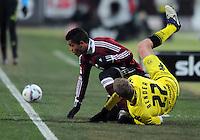 FUSSBALL   1. BUNDESLIGA  SAISON 2011/2012   20. Spieltag 1. FC Nuernberg - Borussia Dortmund         03.02.2012 Sven Bender (re, Borussia Dortmund) muss nach diesem Foul von Daniel Didavi  (1 FC Nuernberg) verletzt ausgewechselt werden