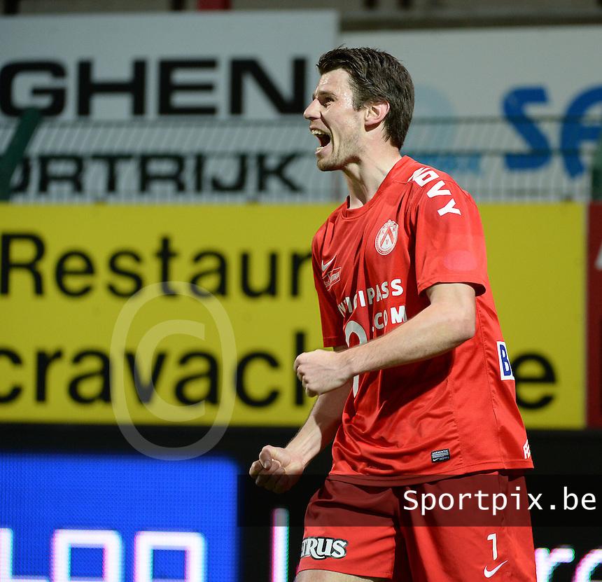 KV Kortrijk - Cercle Brugge : Stijn De Smet viert zijn doelpunt <br /> foto VDB / BART VANDENBROUCKE