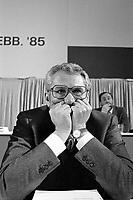 Milano, 16 feb 1985, convegno Partito Socialista Italiano al Palalido, Umberto Dragone<br /> Milan, February 16 1985, Convention of the Italian Socialist Party, Umberto Dragone