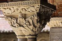 Europe/France/Midi-Pyrénées/82/Tarn-et-Garonne/Moissac: Eglise abbatiale Saint-Pierre de Moissac - Détail chapiteau  du cloître- étape du chemin de Saint-Jacques-de-Compostelle, classé Patrimoine Mondial de l'UNESCO,