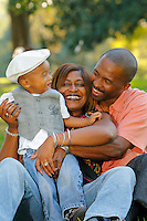 Family portraits of the Johnson family at Piedmont Park in Atlanta, GA