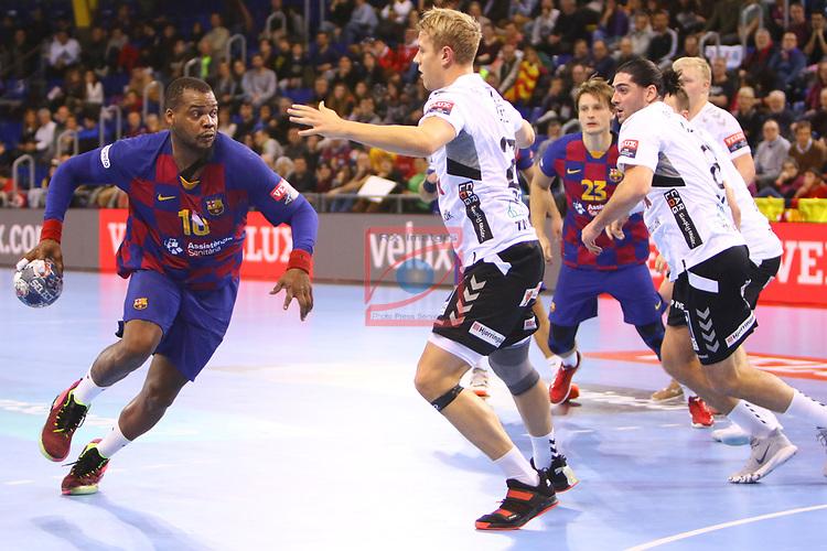 VELUX EHF 2019/20 EHF Men's Champions League Group Phase - Round 8.<br /> FC Barcelona vs Aalborg Handbold: 44-35.<br /> Cedric Sorhaindo vs Buster Juul-Lassen.