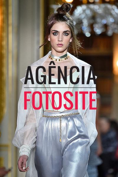 Ulyana Sergeenko<br /> <br /> Alta Costura - Paris - Ver&atilde;o 2016<br /> <br /> <br /> foto: FOTOSITE