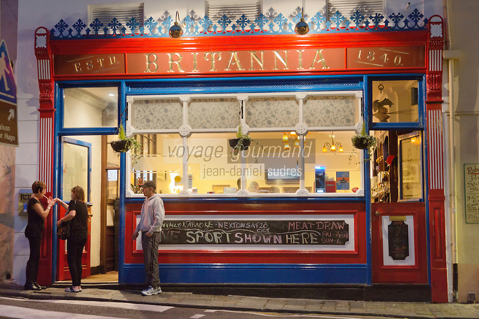Royaume-Uni, îles Anglo-Normandes, île de Guernesey, Saint Peter Port: pub // United Kingdom, Channel Islands, Guernsey island, Saint Peter Port: pub