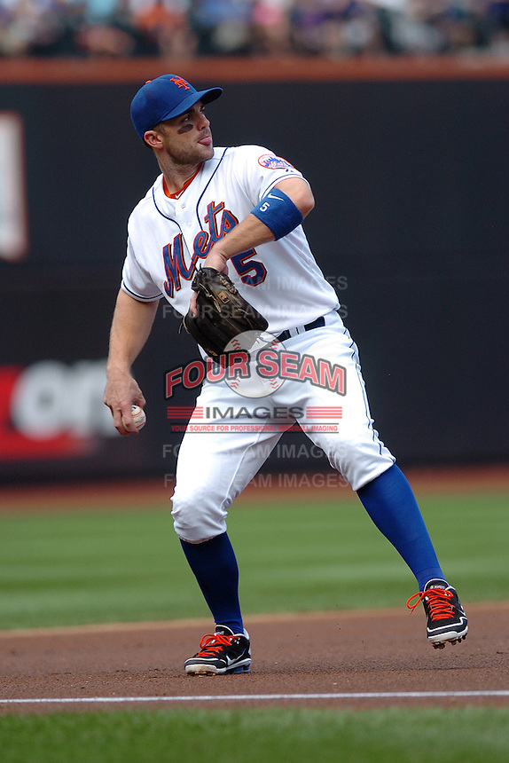 New York Mets infielder David Wright #5 during a game against the Milwakee Brewers at Citi Field on August 20, 2011 in Queens, NY.  Brewers defeated Mets 11-9.  Tomasso DeRosa/Four Seam Images