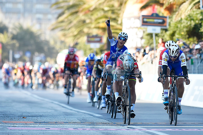 Fernando Gaviria (COL) Quick-Step Floors outsprints World Champion Peter Sagan (SVK) Bora-Hansgrohe on the finish line at the end of Stage 6 of the 2017 Tirreno Adriatico running 168km from Ascoli Piceno to Civitanova Marche, Italy. 13th March 2017.<br /> Picture: La Presse/Fabio Ferrari | Cyclefile<br /> <br /> <br /> All photos usage must carry mandatory copyright credit (&copy; Cyclefile | La Presse)