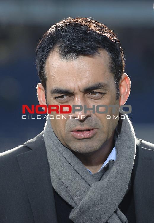 28.02.2015, HDI Arena, Hannover, GER, 1.FBL, Hannover 96 vs VfB Stuttgart, im Bild Robin Dutt (Sportdirektor VfB Stuttgart)<br /> <br /> Foto &copy; nordphoto / Frisch