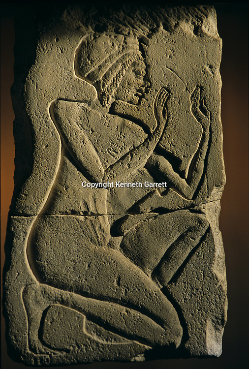 Amarna; Temple of the Aten; sculptor's practice model; limestone,Tutankhamun and the Golden Age of the Pharaohs, Page 104
