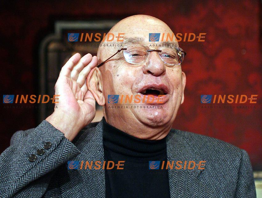 Roma 13/01/2006 Rai:Un Anno di Auditel<br />Nella foto Sandro Curzi Commissione Vigilanza Rai <br />Photo Serena Cremaschi Insidefoto