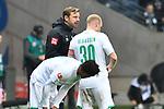 06.10.2019, Commerzbankarena, Frankfurt, GER, 1. FBL, Eintracht Frankfurt vs. SV Werder Bremen, <br /> <br /> DFL REGULATIONS PROHIBIT ANY USE OF PHOTOGRAPHS AS IMAGE SEQUENCES AND/OR QUASI-VIDEO.<br /> <br /> im Bild: Florian Kohlfeldt (Trainer, SV Werder Bremen) mit Davy Klaassen (SV Werder Bremen #30)<br /> <br /> Foto © nordphoto / Fabisch