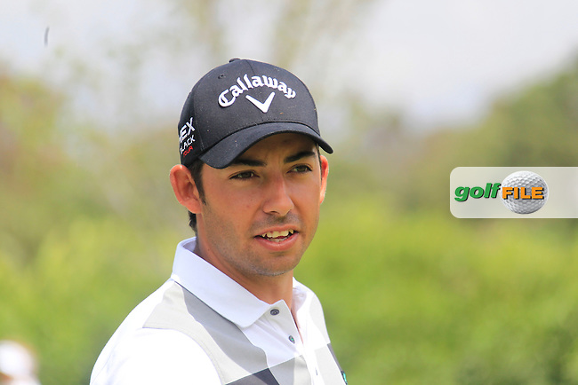 Pablo Larrazabal (ESP) warms up on the practice range before resuming play during Saturday's rain delayed Round 3 of the Open de Espana at Real Club de Golf de Sevilla, Seville, Spain, 5th May 2012 (Photo Eoin Clarke/www.golffile.ie)