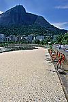 Mortandade de peixes na Lagoa Rodrigo de Freitas, Rio de Janeiro.  2000. Foto de Ricardo Azoury.