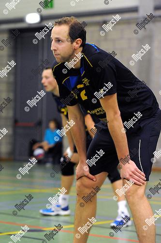 2012-10-13 / Volleybal / Seizoen 2012-2013 / Amigos Zoersel / Pieter Relecom..Foto: Mpics.be