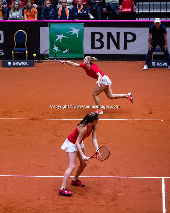 Den Bosch, The Netherlands, Februari 10, 2019,  Maaspoort , FedCup  Netherlands - Canada, doubles match Sunday : Canadian Bench Dabrowski/Marino<br /> Photo: Tennisimages/Henk Koster