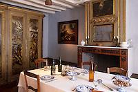 Europe/France/Ile-de-France/77/Seine-et-Marne/Barbizon: Ancienne Auberge du Père Ganne - Musée de l'Ecole de Barbizon - détail de la salle à manger des officiers